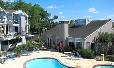 The Lake Apartment Homes, 1