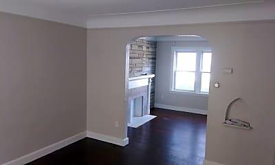 Living Room, 15509 Lauder St, 1