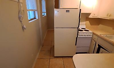 Kitchen, 10342 Atlantic Cir, 1