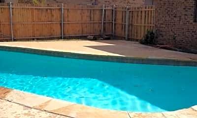 Pool, 4433 Atlanta Dr, 2