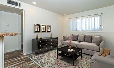 Living Room, 4964 E Lincoln St, 1
