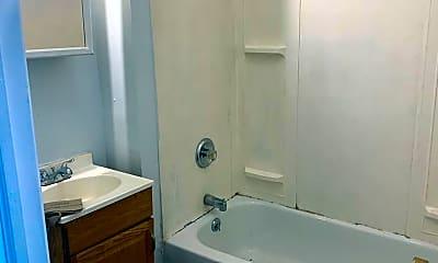 Bathroom, 40 Shelton Ave, 0