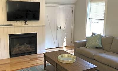 Living Room, 16 Grove St, 1