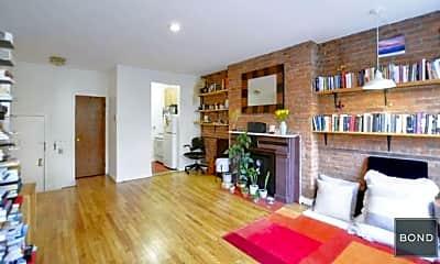 Living Room, 226 W 21st St, 1