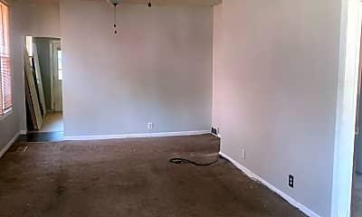 Living Room, 629 E Florida St, 2