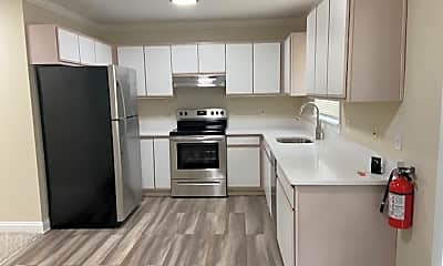 Kitchen, 1709 County Rd 517, 1