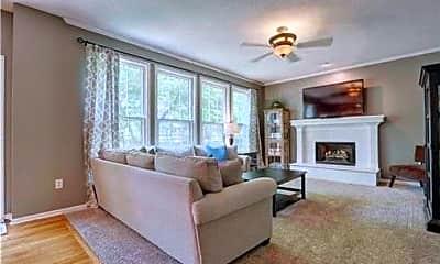 Living Room, 12853 S Rene St, 1