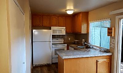 Kitchen, 8798 La Riviera Dr, 1