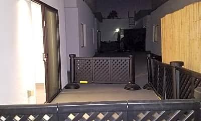 Patio / Deck, 545 N Kenmore Ave - 3, 2