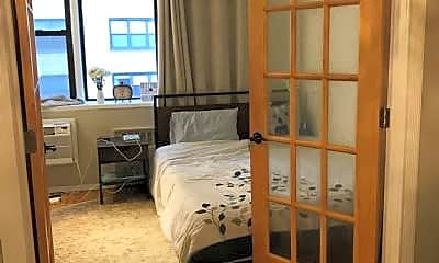 Bedroom, 200 E 28th St, 2