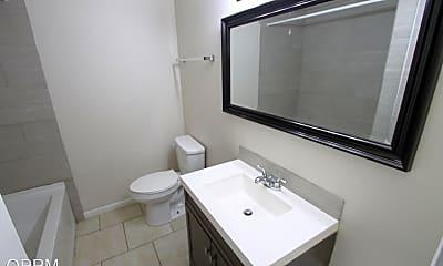 Bathroom, 640 N 46th St, 2