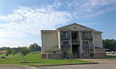 Lake Logan Apartments, 0