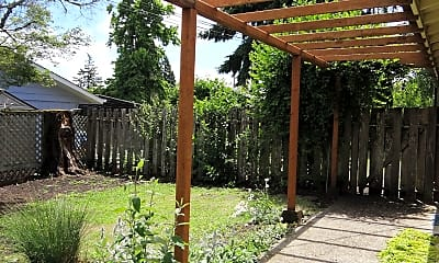 Patio / Deck, 70 E 39th Ave, 1
