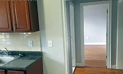 Kitchen, 166 Summit Ave, 2