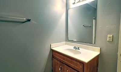 Bathroom, 1608 Hannibal Dr, 2