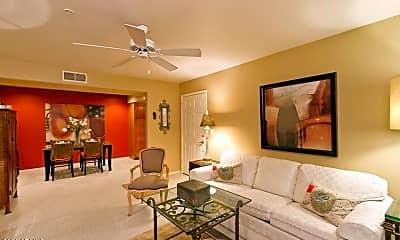 Dining Room, 9990 N Scottsdale Rd 1042, 1