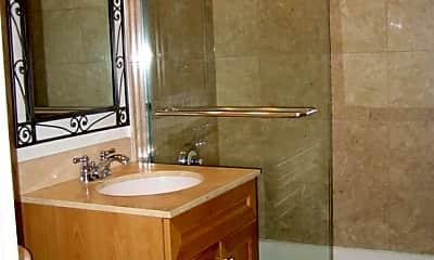 Bathroom, Grace and Racine, 2