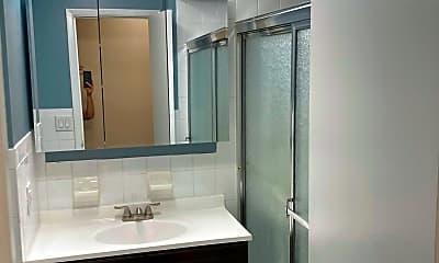 Bathroom, 106 Battery Ave 101, 2