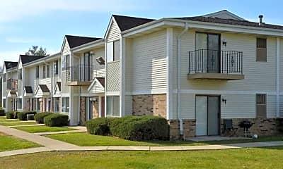 Building, Ryan Green Apartments, 1