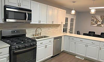 Kitchen, 479 Cedar Ave, 0