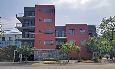 Building, 1615 E 7th St, 1