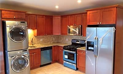 Kitchen, 32 Main St 3, 0