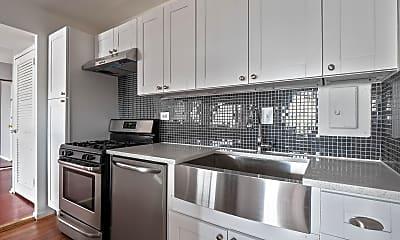 Kitchen, 5340 Holmes Run Pkwy 815, 1