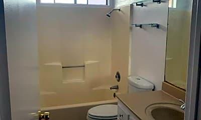 Bathroom, 350 1/2 Concord St, 1