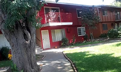 Park Hills Place, 2