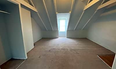 Living Room, 324 Beaver St, 2