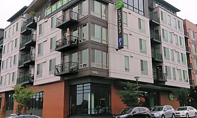 Linq Lofts + Flats, 1