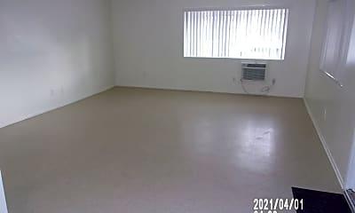 Living Room, 505 W Grand Blvd, 2