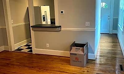 Living Room, 624 W 1st St, 0