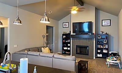 Living Room, 14016 Paddington Ave, 2