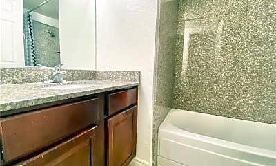 Bathroom, 5422 River Glen Dr 377, 1
