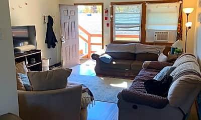 Living Room, 520 7th St S, 0