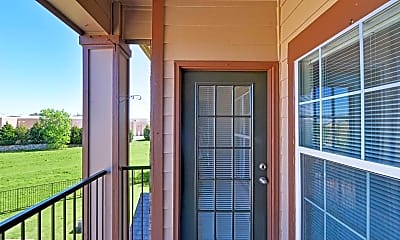 Patio / Deck, Towne Crossing Apartments, 2