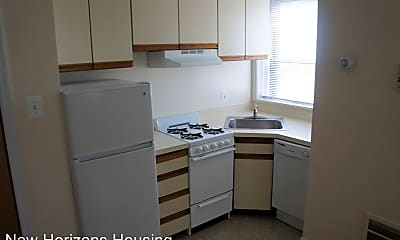 Kitchen, 4807 Chester Ave, 1