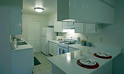 Kitchen, Timberwolf, 1