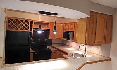 Kitchen, 315 Woodland Village, 0