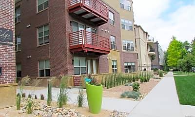 Building, The Edge at City Park Apartments, 1
