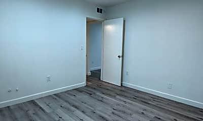 Living Room, 5529 Bonner Ave, 1