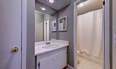 Bathroom, 19 Redwood Dr, 2