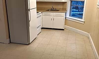 Kitchen, 85 Oliver St 3F, 1