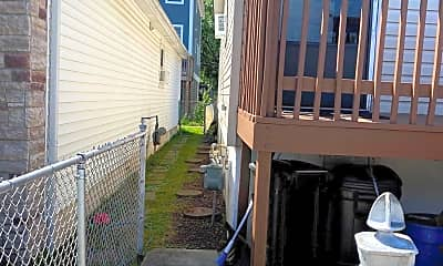 Patio / Deck, 169 Moreland St, 1