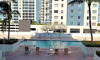 Pool, 140 S Dixie Hwy 527, 2