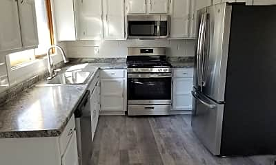 Kitchen, 6909 Lakeview Dr, 0