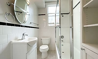 Bathroom, 2030 Fell St, 2