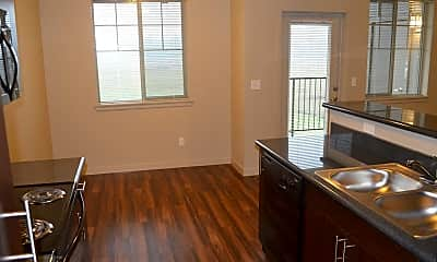 Kitchen, Riverplace Apartment Homes, 2