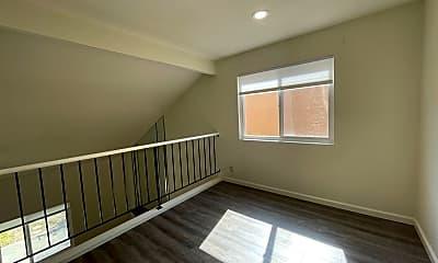 Living Room, 4802 Mallard Common, 2
